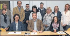 Michael Sehl (Zweiter von links, hinten), Martin Beckmann (Mitte, vorne) und Geschäftsführerin Sandra Nave (vorne rechts) sind neu im Vorstand, Gaby Siefer (Mitte) und Birgit Steinhoff (rechts) scheiden aus.