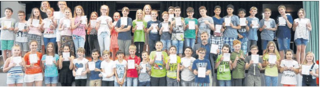 55 Mathefans am MCG erhielten eine Urkunde vom Känguru-Wettbewerb