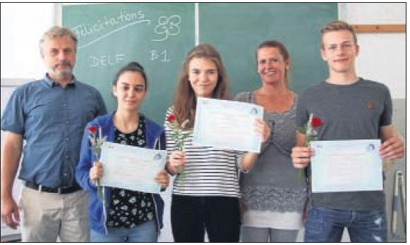 Drei DELF-Diplome am MCG