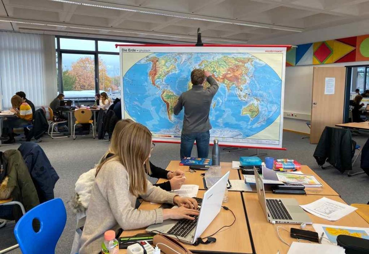 Mathe-Leistungskurse nehmen an internationalem Wettbewerb teil