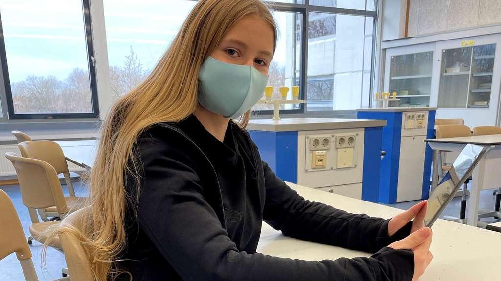 Das Schulbuch auf dem Tablet: Der WA berichtet vom digitalen Lernen am Marie-Curie-Gymnasium
